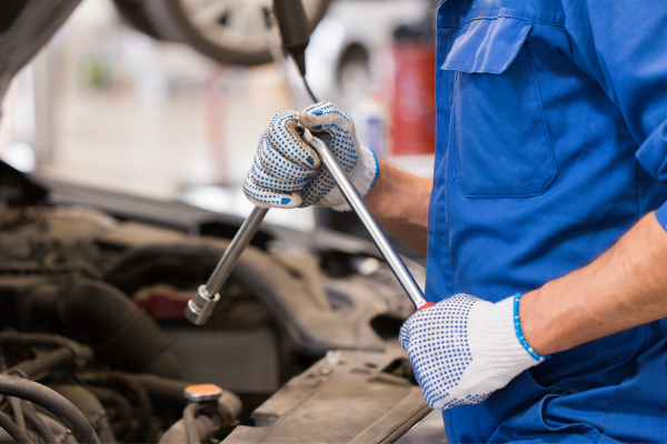 Your Topeka, KS, Auto Shop Should Do More for You Than Fix Your Car