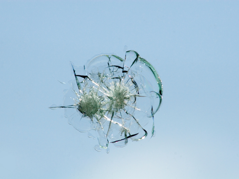 5 of the Most Common Causes of Car Windshield Damage